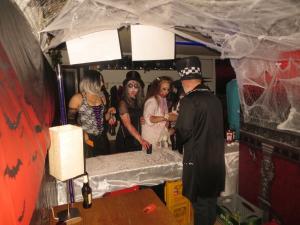 2017 10 31 21 19 12 Halloween-Party